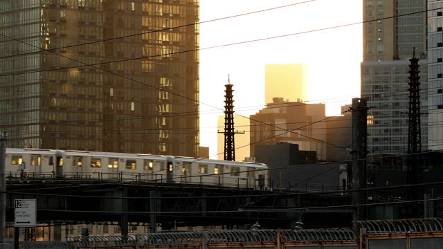 queens subway train - elevated train stock videos & royalty-free footage
