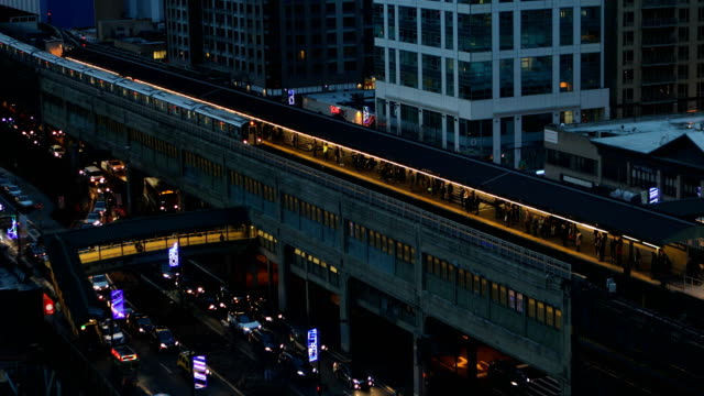 queensboro plaza new york city - elevated train stock videos & royalty-free footage