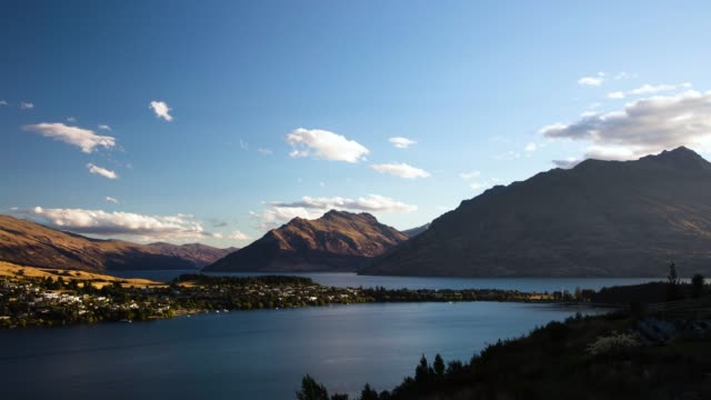 queenstown sunset dusk timelapse lake wakatipu and wilderness - bay of water stock videos & royalty-free footage