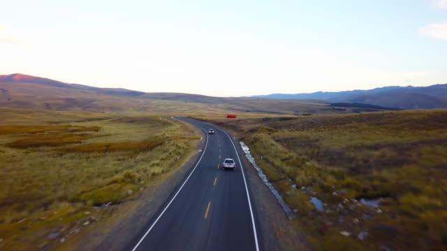 querococha valley, ancash, perù. - empty road stock videos & royalty-free footage