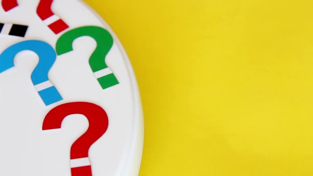 vídeos y material grabado en eventos de stock de marcas de preguntas - signo de puntuación