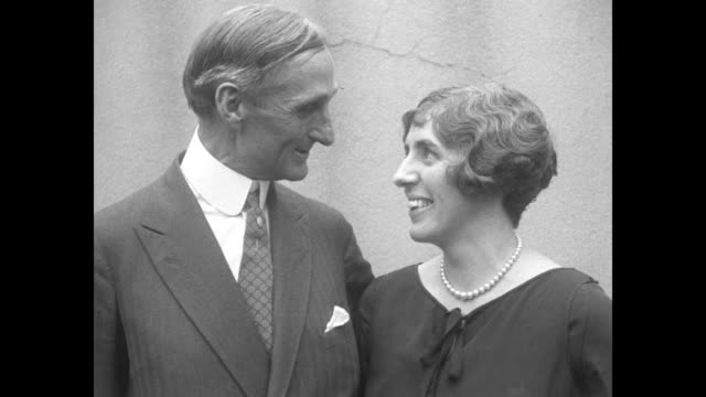 William Gibbs McAdoo and Mrs McAdoo / twoshot onetime US Treasury Secretary William Gibbs McAdoo and his wife Eleanor Wilson McAdoo laugh as they...