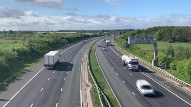 quiet motorways during the coronavirus lockdown - car point of view stock videos & royalty-free footage