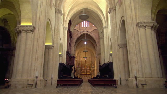 quiet tarragona cathedral without its parishioners - abbey monastery stock videos & royalty-free footage