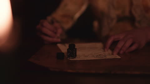 vídeos y material grabado en eventos de stock de quill y tinta a la luz de las velas. - estilo victoriano
