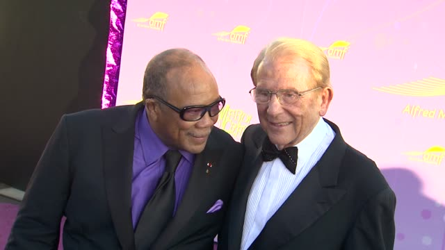 Quincy Jones Alfred Mann at the The Alfred Mann Foundation's Annual BlackTie Gala at Santa Monica CA