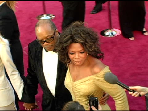quincy jones and oprah winfrey at the 2005 annual academy awards arrivals at the kodak theatre in hollywood california on february 28 2005 - 第77回アカデミー賞点の映像素材/bロール
