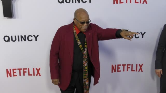 quincy jones arrives at the premiere of 'quincy' from netflix at the linwood dunn theater in hollywood at celebrity sightings in los angeles on... - netflix stock videos & royalty-free footage