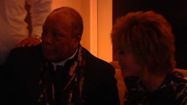 quincy jones at the 2013 vanity fair oscar party hosted by graydon carter - inside party footage quincy jones at the 2013 vanity fair oscar party h... - quincy jones stock-videos und b-roll-filmmaterial