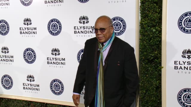 quincy jones at the art of elysium presents stevie wonder's heaven - celebrating the 10th anniversary at red studios on january 7, 2017 in los... - quincy jones stock-videos und b-roll-filmmaterial