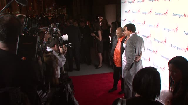 quincy jones gayle king terrence howard at the susan bennett and tony bennett host their exploring the arts gala at new york ny - terrence howard stock videos and b-roll footage