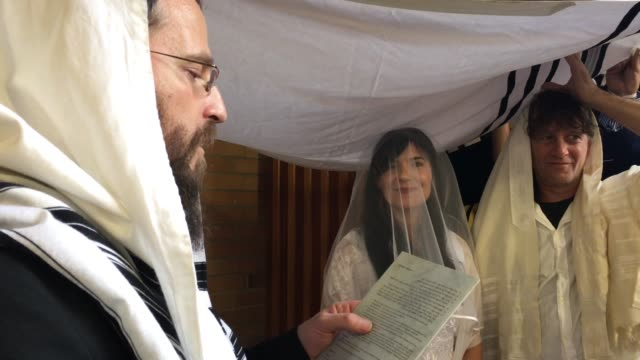 Rabbi Belssing Jewish Bride and a Bridegroom in Traditional Jewish Wedding