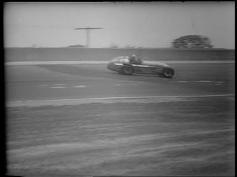 pan race car driving backwards smashing into wall in race / indianapolis 500 - 1953 stock videos and b-roll footage