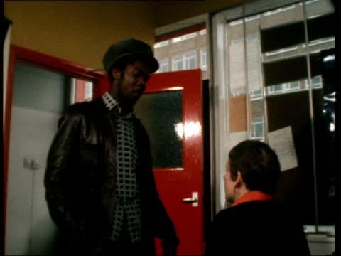 vídeos de stock, filmes e b-roll de race laws ***shotlist - 1977