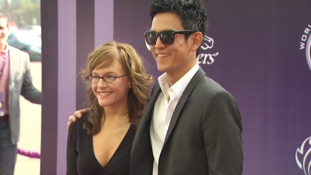 rachael harris john cho at the breeders' cup world thoroughbred championships at arcadia ca - rachael harris stock videos and b-roll footage