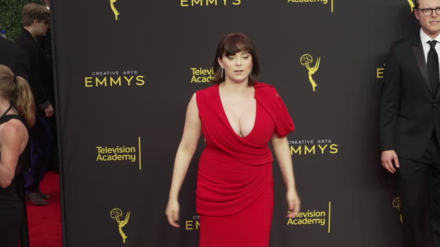 rachel bloom at the 2019 creative arts emmy awards day 2 - fernsehserie stock-videos und b-roll-filmmaterial