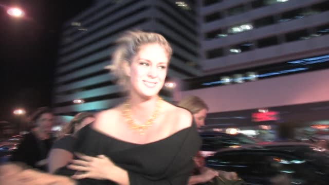 rachel hunter at the covergirl 50th anniversary party in west hollywood at the celebrity sightings in los angeles at los angeles ca. - レイチェル ハンター点の映像素材/bロール