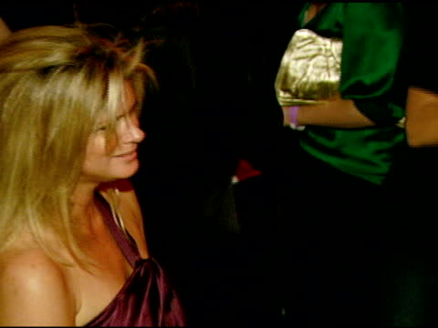 rachel hunter at the nicole khristine jewelry launch featuring dj am, grandmaster flash and macy gray performing the first ever turntable symphony at... - レイチェル ハンター点の映像素材/bロール