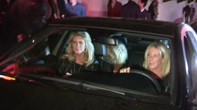 rachel hunter & kimberly stewart exit 30 seconds to mars after party at chateau marmont in weho at celebrity sightings in los angeles rachel hunter &... - レイチェル ハンター点の映像素材/bロール