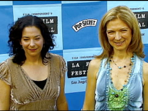 rachel rosen and dawn hudson at the 'little miss sunshine' premiere at wadsworth theatre in los angeles california on july 2 2006 - wadsworth theatre stock videos & royalty-free footage