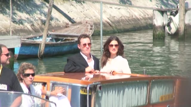 rachel weisz and husband darren aronofsky at the the 63rd international venice film festival in venice on september 2 2006 - darren aronofsky stock videos and b-roll footage