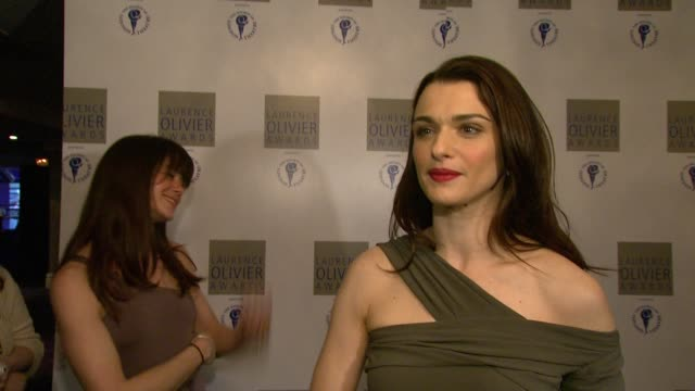 rachel weisz on hearing her name being called out, on doing film and theatre, on it being eight years since she was last on stage, on not really... - ローレンス オリビエ点の映像素材/bロール