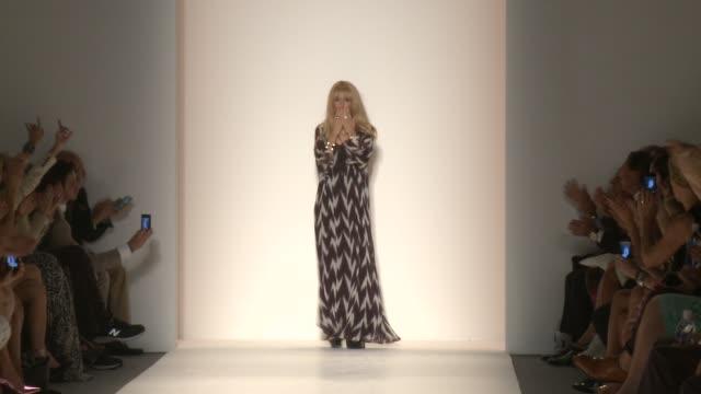 rachel zoe at rachel zoe - spring 2014 mercedes-benz fashion week in new york, ny, on 9/11/13. - mercedes benz fashion week stock videos & royalty-free footage