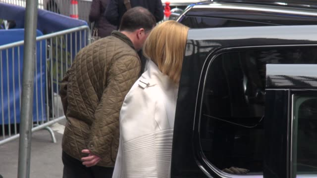 rachel zoe briefly stops to pose for the photographers before getting into her car outside of the good morning america show in celebrity sightings in... - rachel zoe stylist stock videos & royalty-free footage