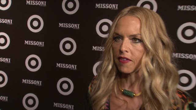 vídeos de stock, filmes e b-roll de rachel zoe talks about tonight's event and being friends with the missoni family at the missoni for target private launch event at new york ny - missoni