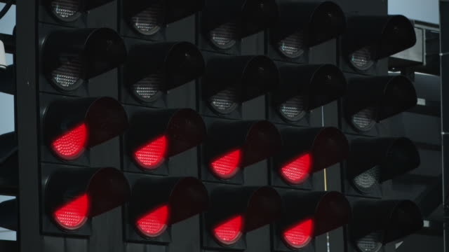 Racing signal light