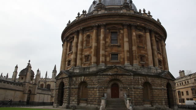 radcliffe camera, oxford university, oxford - radcliffe camera stock videos and b-roll footage
