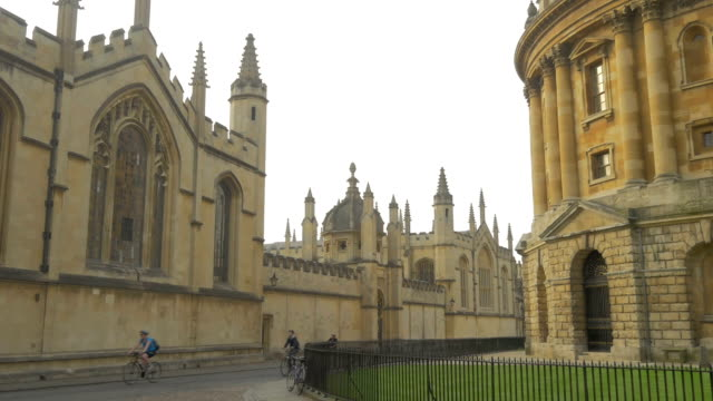 radcliffe camera,oxford, - oxford university stock videos & royalty-free footage