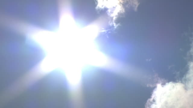 radiant sun in blue sky, mie, japan - summer heat stock videos & royalty-free footage