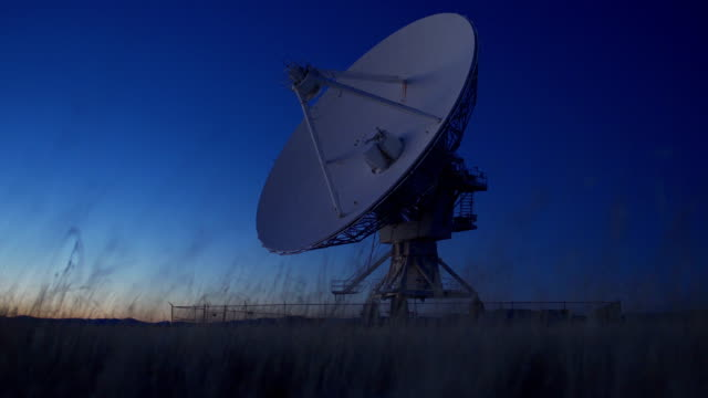 radio teleskop - parabolantenn bildbanksvideor och videomaterial från bakom kulisserna