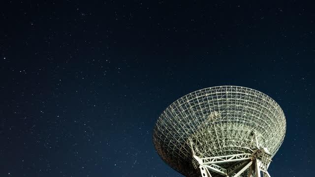 t/l td radio telescope - astronomical telescope stock videos & royalty-free footage