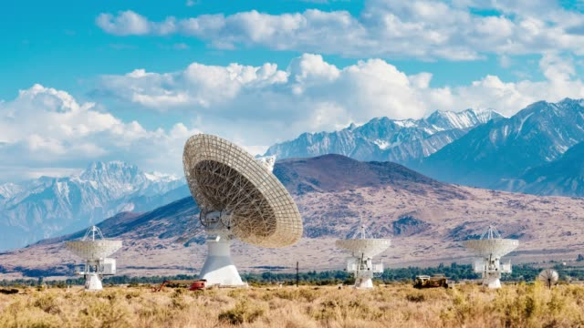radio telescopes moving - observatory stock videos & royalty-free footage