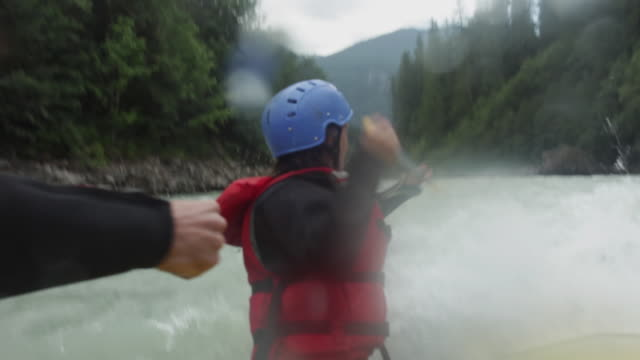 ms pov rafting down river / squamish, british columbia, canada - rafting stock videos and b-roll footage