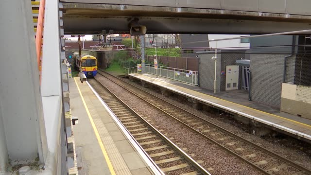 gospel oak to barking overground suffers severe delays due to train shortages england london walthamstow blackhorse road station crowd of commuters... - land vehicle stock videos & royalty-free footage