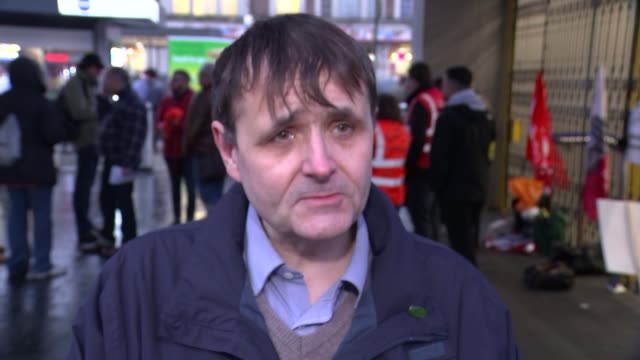 london underground 24hour strike causes gridlock in london day john leach interview sot - itv london lunchtime news点の映像素材/bロール