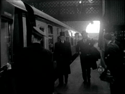 master cutler leaves for sheffield with distinguished passengers for annual cutlers' feast england london kings cross int sir cullum welch joins... - john hay whitney stock videos and b-roll footage