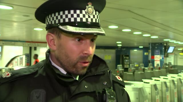 preparations for night tube launch / concerns about noise levels supt christopher horton interview sot kevin dunning interview sot - itv london lunchtime news点の映像素材/bロール