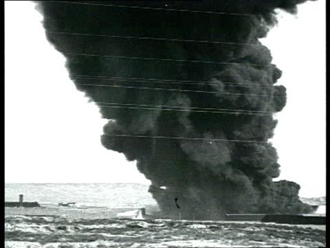 vídeos y material grabado en eventos de stock de railroad sabotage, damaged burning derailed train wreck, funeral of comrade zakharov, saboteurs covering faces during trial / russia - 1928