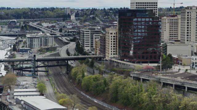 järnvägsspår genom centrala tacoma - norra stilla havet bildbanksvideor och videomaterial från bakom kulisserna