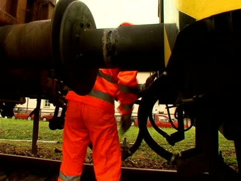 railway employee - safety rail stock videos & royalty-free footage