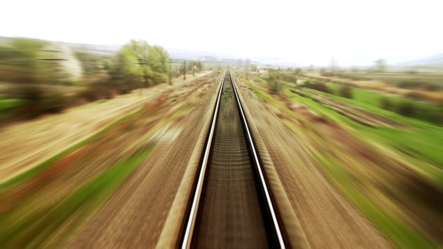 ferrovia di viaggio-time lapse - treno video stock e b–roll
