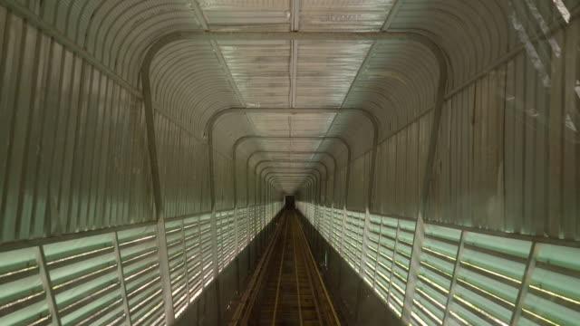 鉄道駅トンネル - 地下鉄電車点の映像素材/bロール