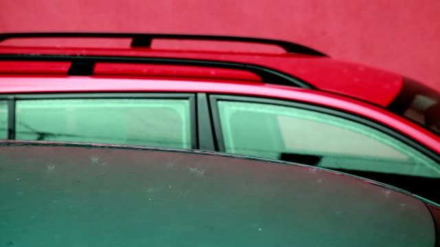 hd: rain on the car roof - volume fluid capacity stock videos & royalty-free footage