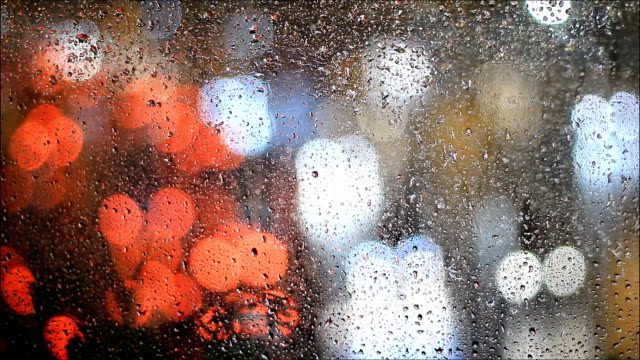raining nacht - glas stock-videos und b-roll-filmmaterial