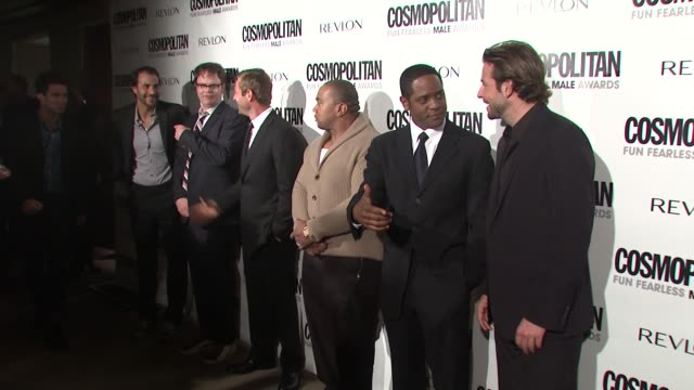 vidéos et rushes de rainn wilson aaron eckhart timbaland blair underwood bradley cooper at the cosmopolitan honors its fun fearless males of 2009 at los angeles ca - blair underwood