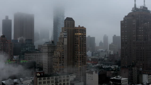 rainy downtown nyc - skyscraper stock videos & royalty-free footage